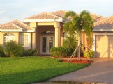 Gorgeous house On Water Canal - with Gulf Access -